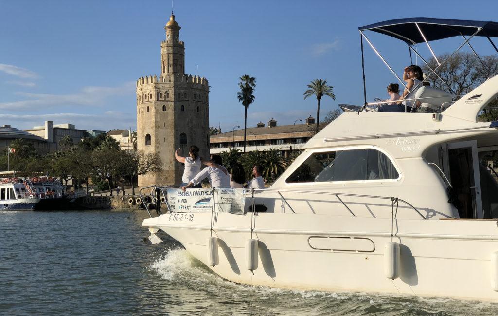 paseo-en-barco-sevilla-taberna-el-velero